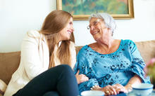 Your Memory Care Guide to Making Visits Meaningful with Someone with Alzheimer's